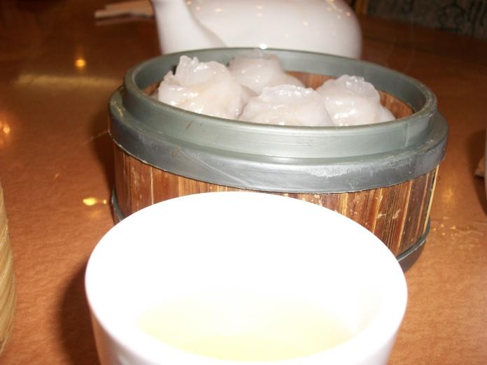 Shumai and tea