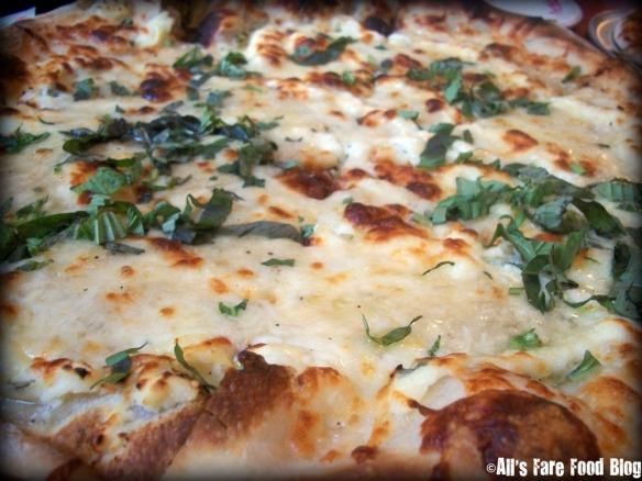 Formaggio Bianco at Pizzeria Regina