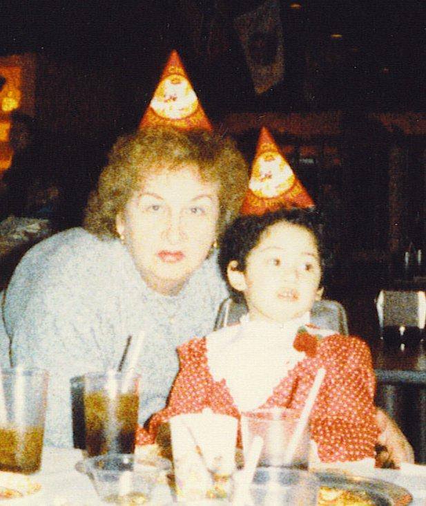 Me and my Mom - Dona Relacion