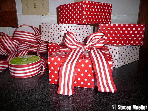 Cupcake boxes and wired ribbon make your caramels ready for gift-giving.