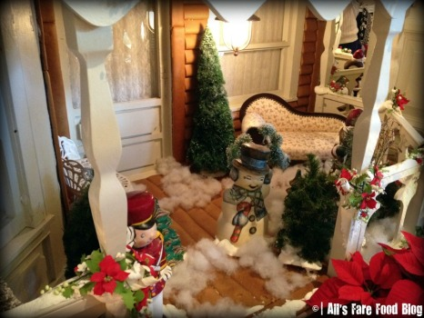 One of the porches of the gingerbread house