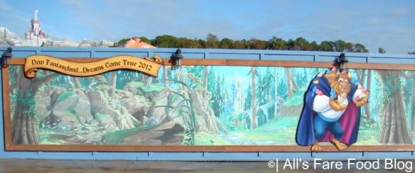 Wall surrounding the Fantasyland construction