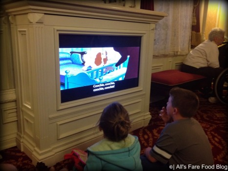 Children watching Lady and the Tramp