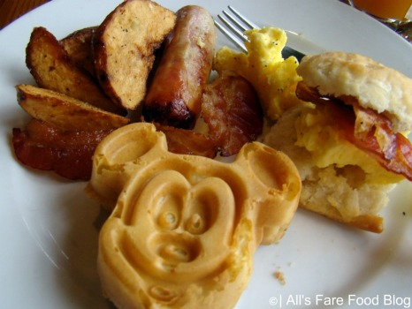 A little plate at Disney's 'Ohana