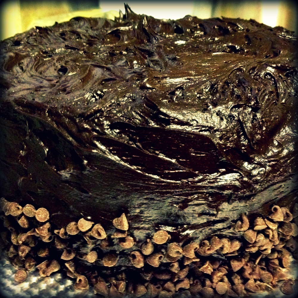Dark chocolate cake recipe with icing